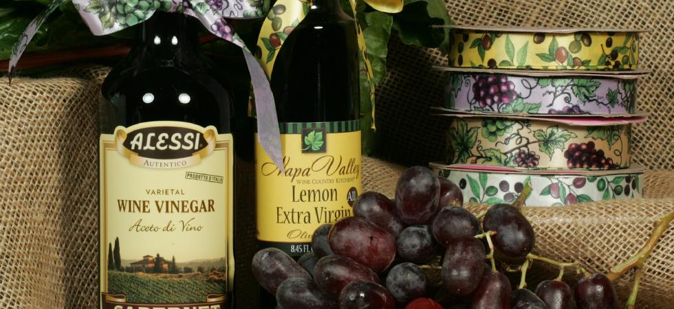 olives-grapes-carousel.jpg